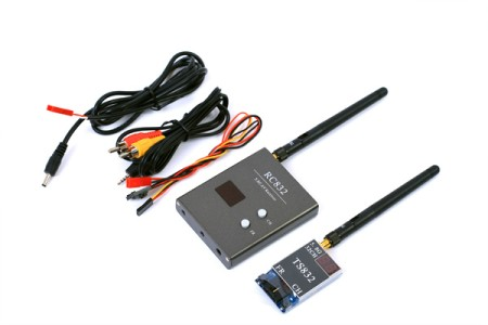 FPV 5.8G 600mW A/V Transmitting/Receiving System TS832 + RC832